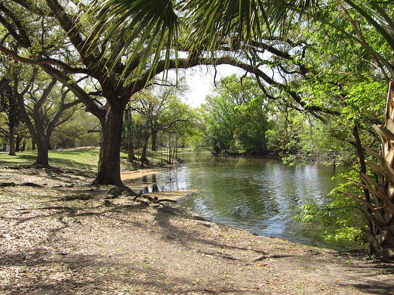 800px-Audubon_Park_New_Orleans_Lake