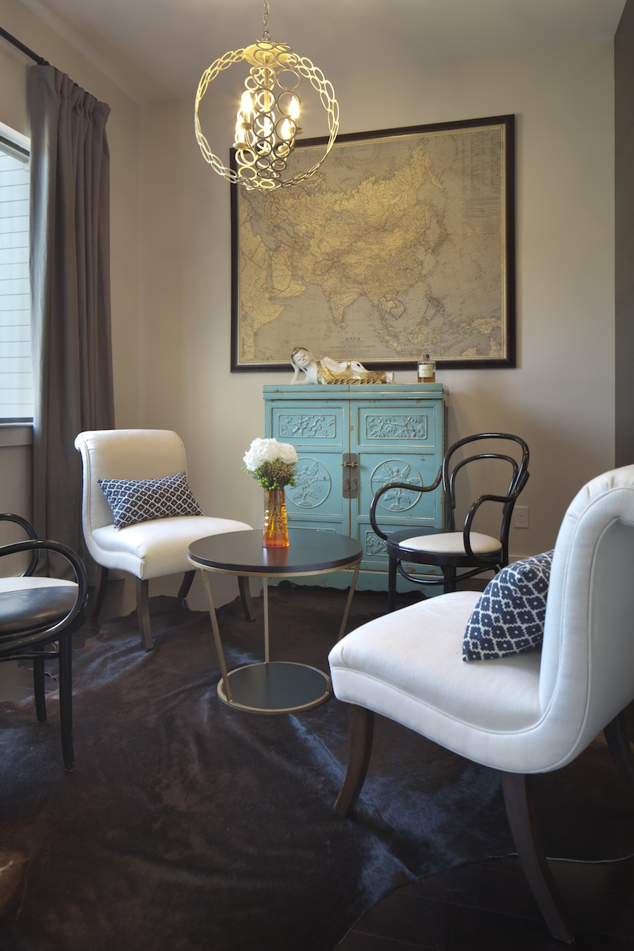 A sitting room area design by Jill May.