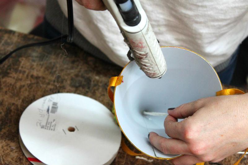 hot glue pompom